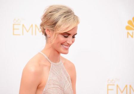El discreto encanto de Taylor Schilling en los #Emmys2014