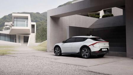 Kia desvela el diseño de su EV6: así es su primer coche totalmente eléctrico