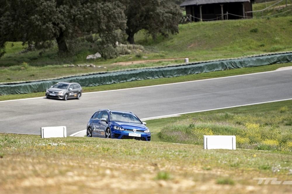 Volkswagen Driving Experience Escuela R 028