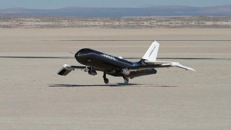 La NASA prueba unas alas que se doblan en pleno vuelo, perfectas para los aviones supersónicos del futuro