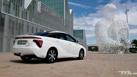 """""""En España no hay un plan nacional de hidrógeno, ese es el problema"""". Los expertos del coche eléctrico de hidrógeno se posicionan"""