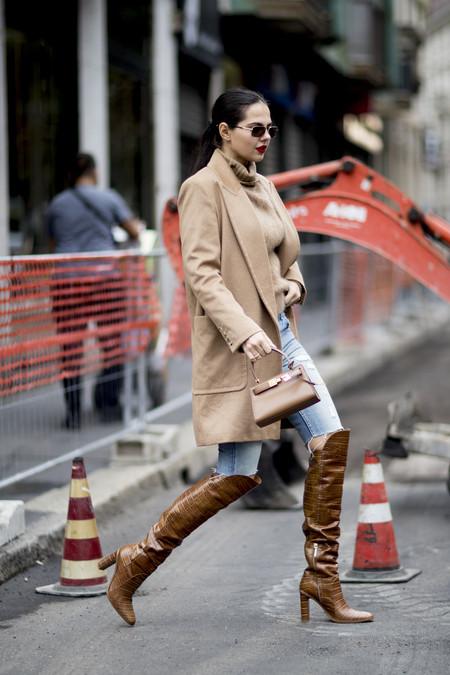 11 abrigos de color camel que nos recuerdan que esta es la tonalidad estrella de la temporada según el street style