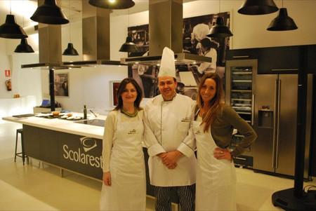 """Beatriz de Diego nutricionista de Scolarest: """"la pirámide de alimentos es una buena guía para elegir la comida de los niños"""""""