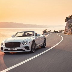 bentley-continental-gt-convertible-2019
