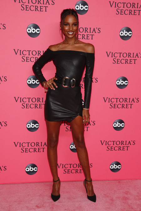 Jasmine Tookes victoria secret red carpet