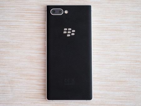 BlackBerry revive otra vez: venderá nuevos smartphones con teclado en 2021