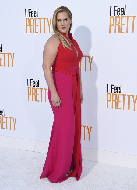 i feel pretty red carpet Amy Schumer