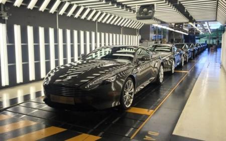 El Aston Martin DB9 se despide con nueve unidades conmemorativas
