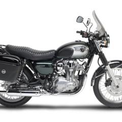 Foto 1 de 6 de la galería givi-mantiene-el-toque-de-los-anos-60-en-la-kawasaki-w800 en Motorpasion Moto