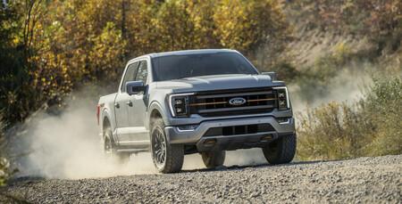 La Ford Lobo Tremor es una imponente pick-up con capacidad todoterreno extrema, lista para México