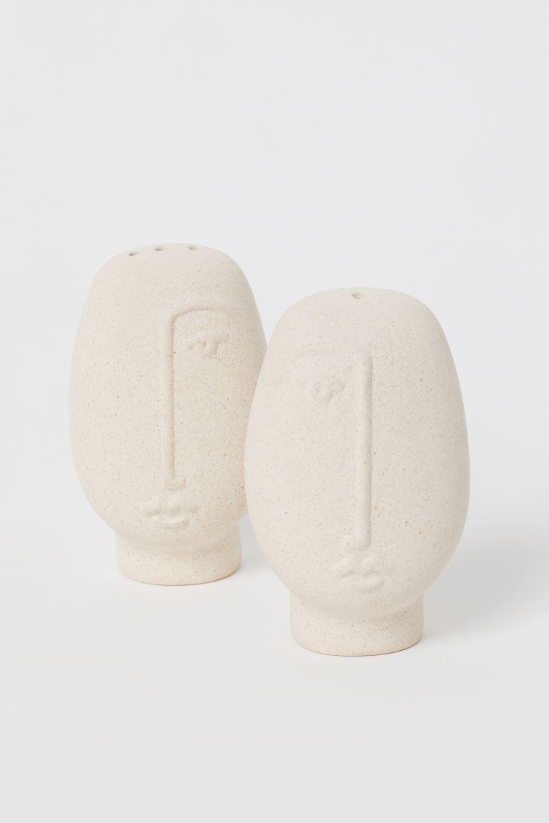 Salero y pimentero de cerámica