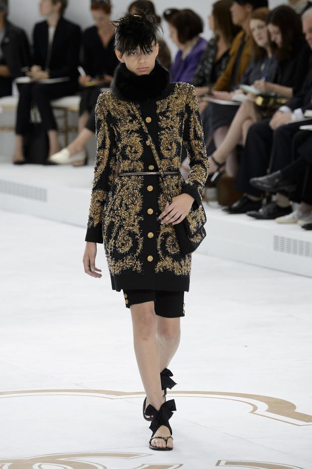 Foto de Chanel Alta Costura Otoño-Invierno 2014/2015 (5/79)