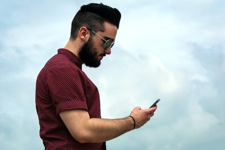 Telcel y AT&T siguen despuntando pero no gracias a la venta de datos, sino de equipos, así la telefonía móvil en México