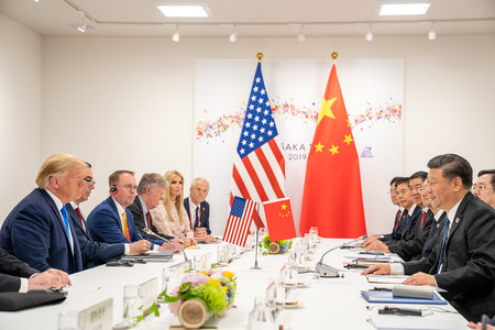 La guerra comercial se recrudece: China responde tras los aranceles de Trump