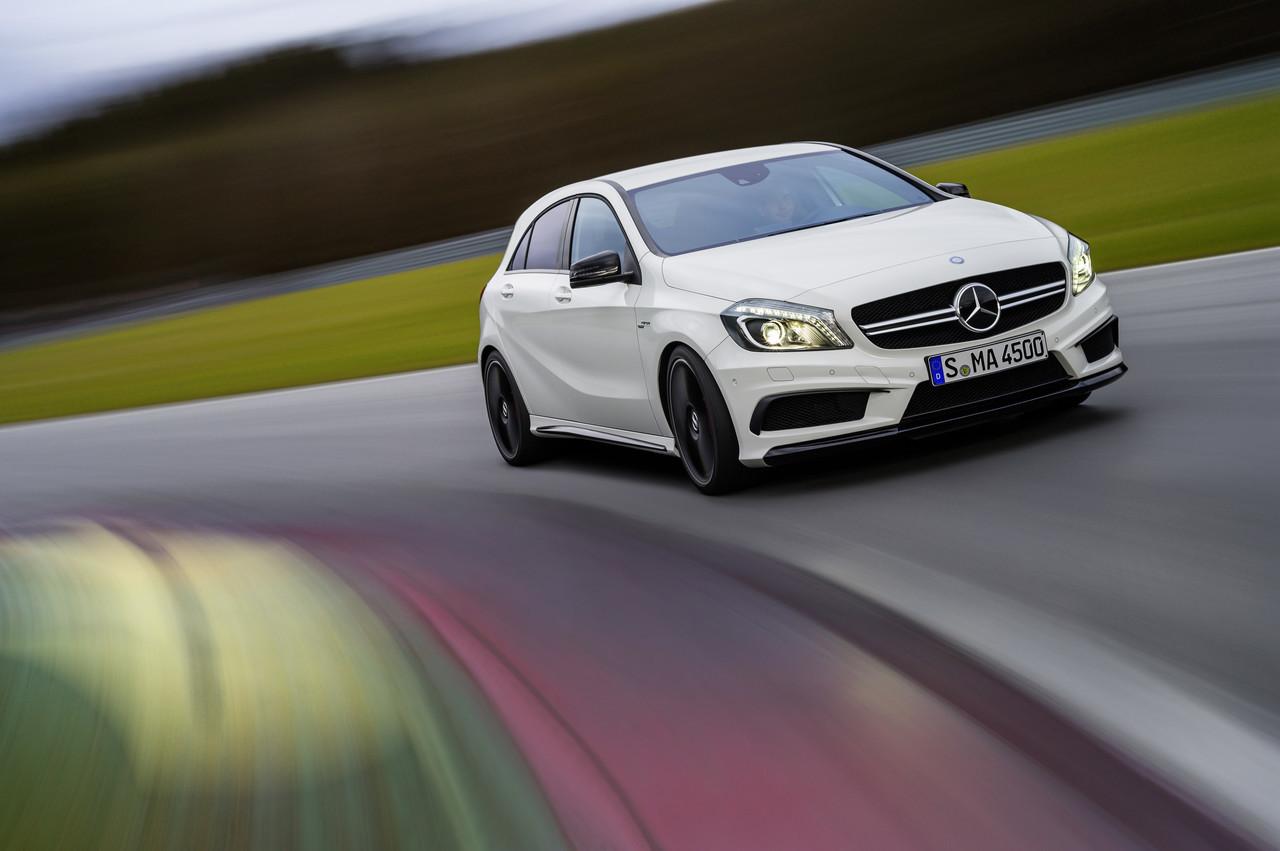 Foto de Mercedes-Benz A 45 AMG (18/24)