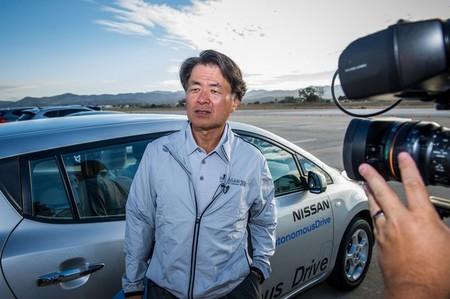 """El jefe de I+D de Nissan: """"La fibra de carbono es buena para los aviones, no para los coches"""""""