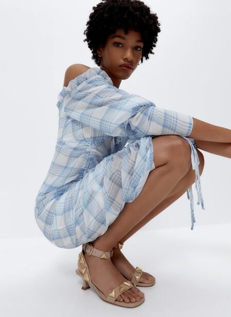 Porque todavía nos queda mucho verano por delante, Uterqüe rebaja un 25% algunas de sus sandalias más estilosas