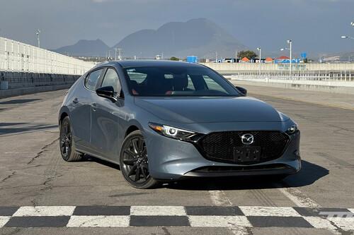 Mazda 3 turbo, ahora en pista: un hatchback rápido, que prefiere el confort antes que las hot-laps
