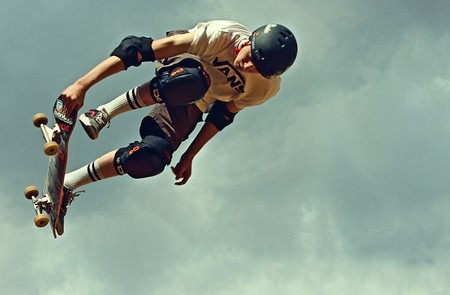 Hasta un 50% de descuento en zapatillas, mochilas y camisetas Vans en la Vuelta al Cole de El Corte Inglés