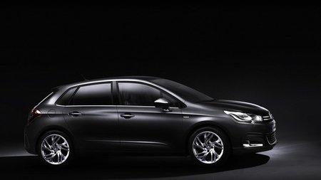 El Citroën C4 es más asequible, a la venta desde 14.250 euros