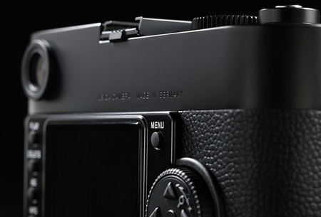 Leica M Monochrome back
