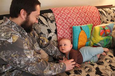 Enseñar a comunicarse al bebé antes de poder hablar