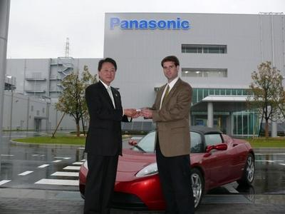 Tesla y Panasonic amplían su contrato