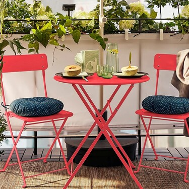 Llega el buen tiempo: 7 mesas de Ikea ideales para balcones y terrazas pequeños