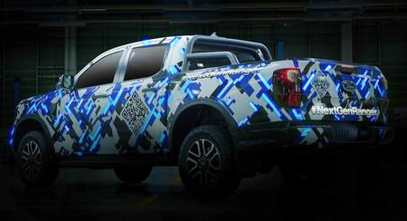 La Ford Ranger 2023 cambia de camuflaje y deja ver más de su nuevo diseño