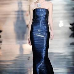 Foto 14 de 16 de la galería armani-prive-alta-costura-primavera-verano-2010-vestidos-de-noche-inspirados-en-la-luna en Trendencias