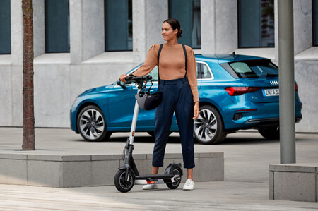 Audi Escooter Patinete Electrico 2021 1