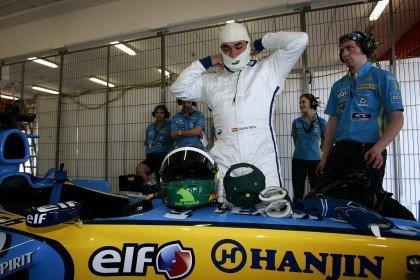 Sainz prueba el R25 de Alonso