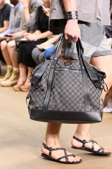 Foto de Louis Vuitton y su colección de bolsos, Primavera-Verano 2011 (7/9)