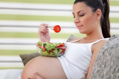 Una dieta saludable en el embarazo reduce el riesgo de parto prematuro