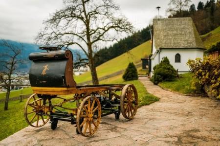 Egger-Lohner, recordando que el primer coche de Porsche fue un eléctrico