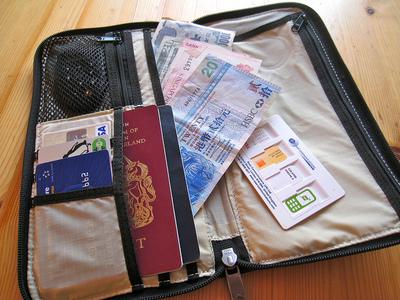 Compañeros de ruta: consejos prácticos sobre dinero para tu próximo viaje
