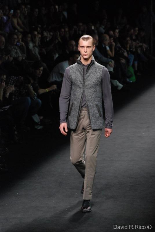 Foto de 080 Barcelona Fashion 2011: segunda jornada con las propuestas para el Otoño-Invierno 2011/2012 (31/99)