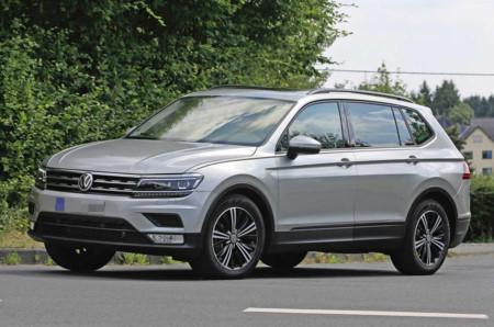 El Volkswagen Tiguan LWB que se fabricará en México ya se pasea sin camuflaje