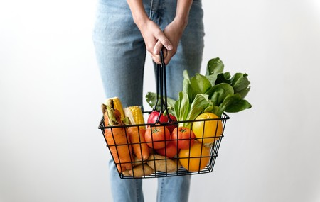 Alone Basket Carrots 1389103
