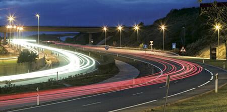 ¿Pagarías 80 euros al año para usar las autopistas de España? El Gobierno ya está planeando cuánto costará la tarifa anual