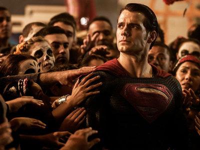 Zack Snyder confirma una teoría fan y demuestra que su Universo DC es más complejo de lo que parece