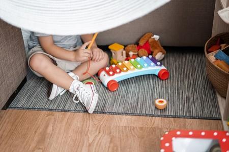 Islandia aumentó tres meses la baja de paternidad. Sin saberlo, logró reducir los divorcios