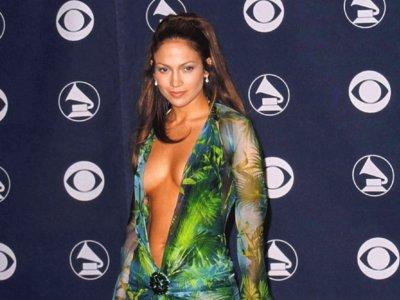 Escándalo, es un escándalo: los 17 vestidos que más alboroto han provocado en el mundo del espectáculo