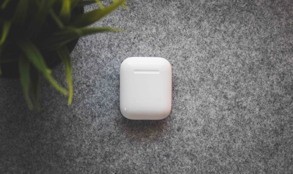 Accesorios para AirPods: seis artículos para los auriculares Bluetooth sin cables de Apple