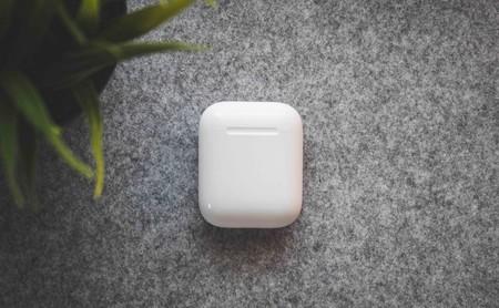 Accesorios para AirPods: 6 productos para los auriculares Bluetooth sin cables de Apple