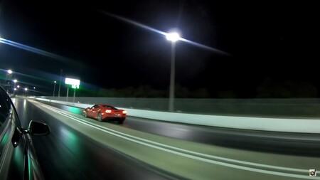 Tesla Model S Ferrari F8 Tributo Carrera Aceleracion