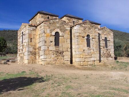 1440px Santa Lucia De El Trampal