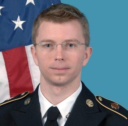 La juez militar confirma que Manning fue maltratado durante su detención