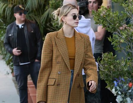 Copiamos el look de Hailey Bieber con prendas de la nueva colección de Zara para lucirlo en nuestro día a día