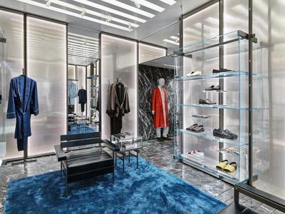 La primera tienda La Perla Uomo abre sus puertas en Milán, ¡Silvio Scaglia cumple lo que promete!